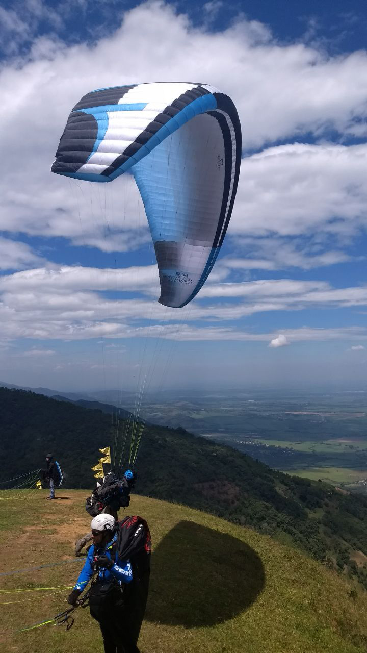 Testimonies and reviews about our paragliding courses - P1
